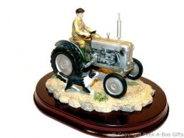 Leonardo Welcome Home Grey Ferguson T20 Tractor Country Life Figurine
