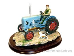 Leonardo Welcome Home Blue Fordson Major Tractor Country Life Figurine