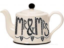 Moorland Pottery Mr & Mrs Large 4 Mug Teapot Wedding Day Gift