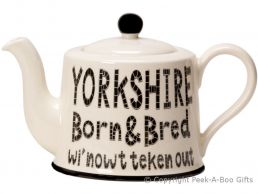 Moorland Pottery Yorkie Ware Large 4 Mug Teapot Yorkshire Born & Bred